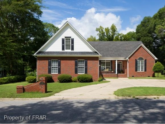 226 Myrover St, Fayetteville, NC 28305 (MLS #547114) :: The Rockel Group