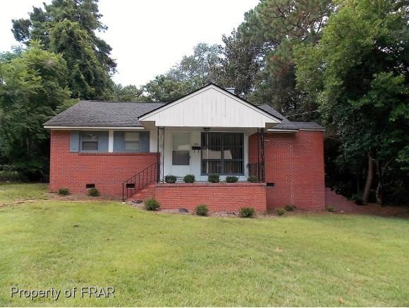454 Mcbain Drive, Fayetteville, NC 28305 (MLS #547157) :: The Rockel Group