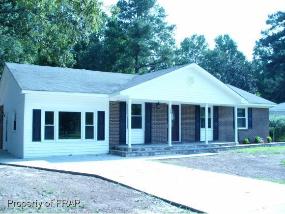 1006 Riverside Cir, Spring Lake, NC 28390 (MLS #549186) :: Weichert Realtors, On-Site Associates