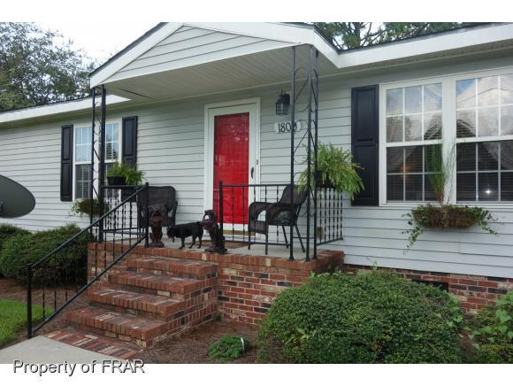 1809 Lambeth St, Lumberton, NC 28358 (MLS #549311) :: Weichert Realtors, On-Site Associates