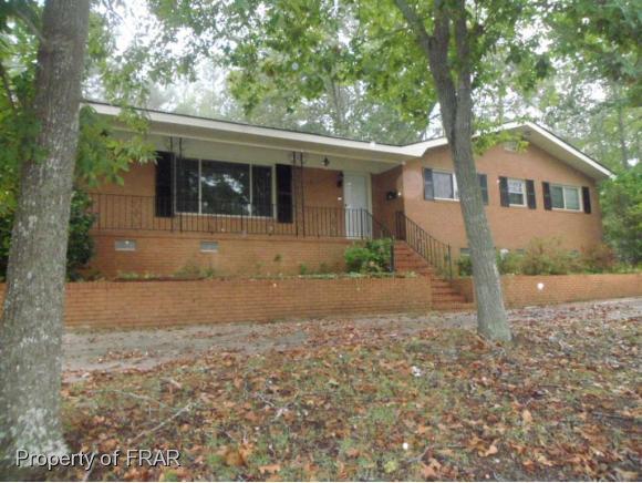 1509 Lyon Rd, Fayetteville, NC 28303 (MLS #550416) :: The Rockel Group