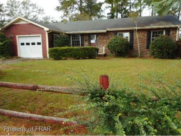 331 Bartow Dr, Fayetteville, NC 28301 (MLS #550746) :: The Rockel Group