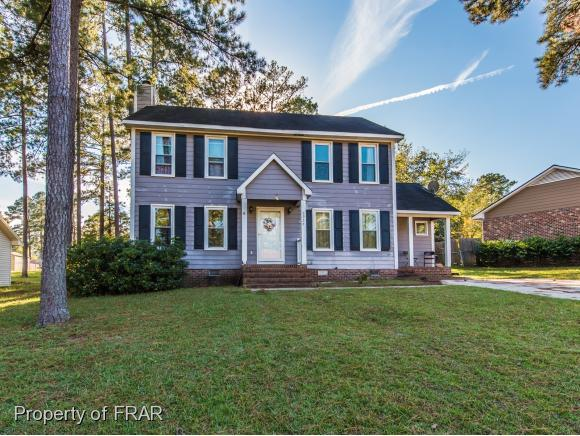 6955 Wadsworth Pl, Fayetteville, NC 28314 (MLS #550804) :: The Rockel Group