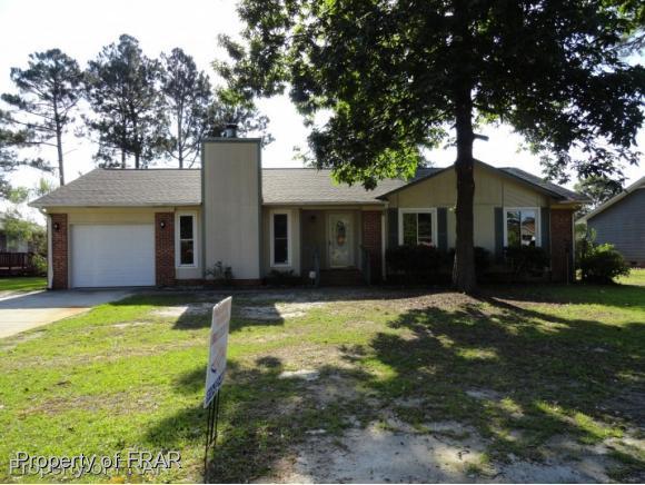 960 Santiato Dr, Fayetteville, NC 28314 (MLS #550808) :: The Rockel Group