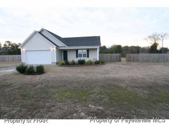 200 Copper Creek Drive, Raeford, NC 28376 (MLS #551943) :: Weichert Realtors, On-Site Associates