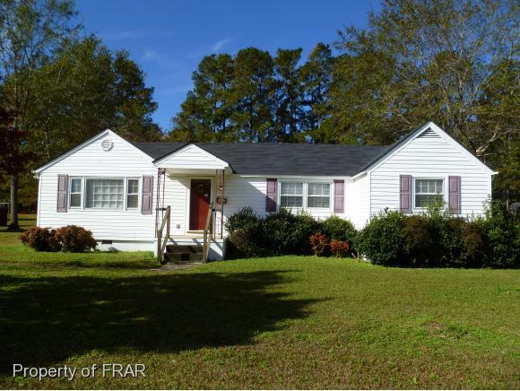 403 N Wright Street, Raeford, NC 28376 (MLS #552314) :: Weichert Realtors, On-Site Associates
