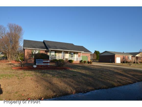 8026 Kalmia Ln, Hope Mills, NC 28348 (MLS #553177) :: The Rockel Group