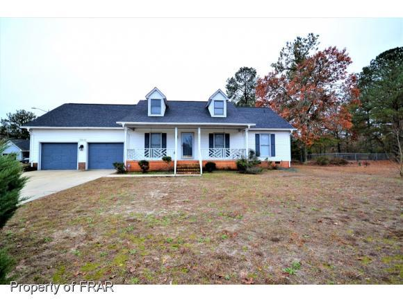 5011 Shimmer Drive, Fayetteville, NC 28304 (MLS #553416) :: The Rockel Group