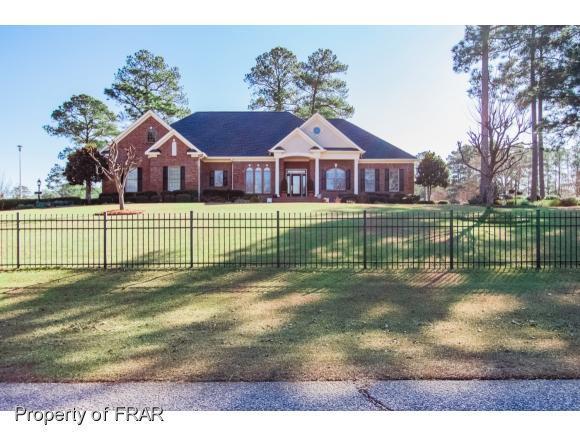 5370 Clubhouse Ln, Hope Mills, NC 28348 (MLS #554378) :: Weichert Realtors, On-Site Associates
