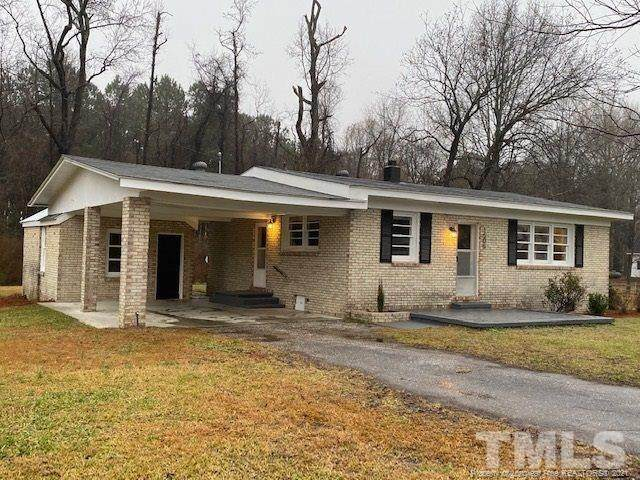 1505 Brinkley Road, Dunn, NC 28334 (MLS #648124) :: The Signature Group Realty Team