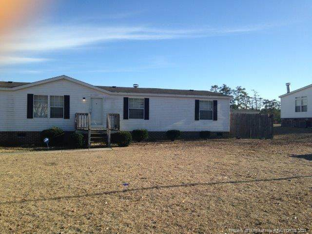 4909 Southmill Drive, Hope Mills, NC 28348 (MLS #653788) :: The Signature Group Realty Team