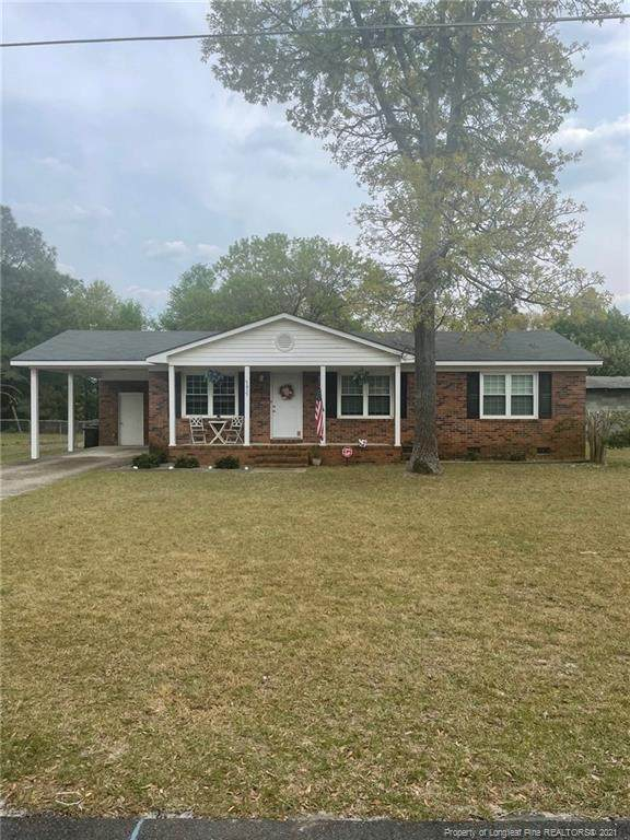 3017 Akron Drive, Hope Mills, NC 28348 (MLS #653805) :: The Signature Group Realty Team