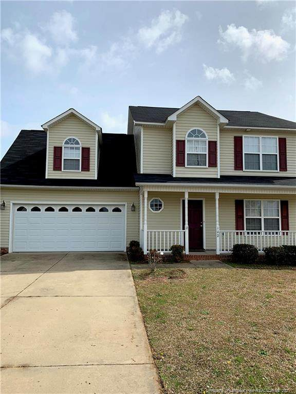 102 Scaley Bark Drive, Raeford, NC 28376 (MLS #656450) :: The Signature Group Realty Team