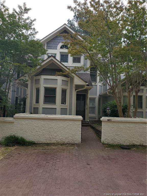 732 Victorian Place, Fayetteville, NC 28301 (MLS #657021) :: Towering Pines Real Estate