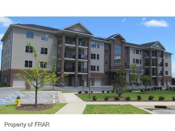 220 Hugh Shelton Loop #403, Fayetteville, NC 28301 (MLS #473379) :: Weichert Realtors, On-Site Associates