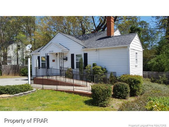 1608 Ramsey Street, Fayetteville, NC 28301 (MLS #518582) :: Moving Forward Real Estate
