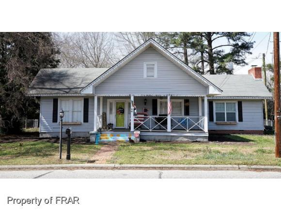 44 S Fayetteville St, Parkton, NC 28371 (MLS #538132) :: Weichert Realtors, On-Site Associates