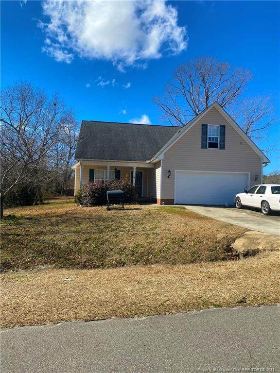 250 Antigua Drive, Raeford, NC 28376 (MLS #650211) :: The Signature Group Realty Team