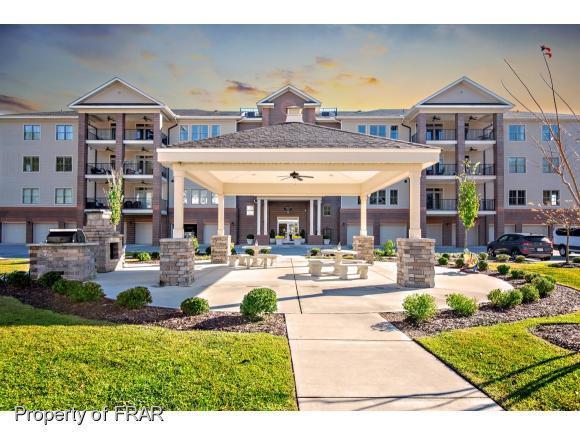 220 Hugh Shelton #203 Loop #203, Fayetteville, NC 28301 (MLS #473372) :: Weichert Realtors, On-Site Associates