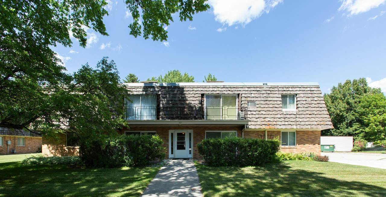 501 Forest Avenue - Photo 1