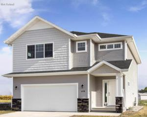 2711 11TH Street W, West Fargo, ND 58078 (MLS #17-2907) :: FM Team