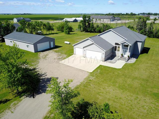 11031 County Rd 17 S, Horace, ND 58047 (MLS #17-3722) :: FM Team