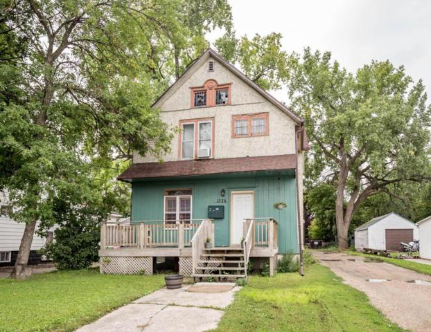 1526 1ST Avenue S, Fargo, ND 58103 (MLS #17-4955) :: FM Team