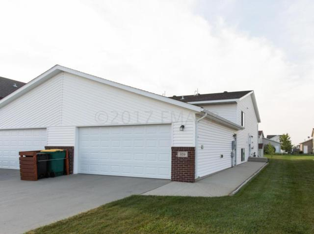 959 42 Avenue W, West Fargo, ND 58078 (MLS #17-5505) :: FM Team