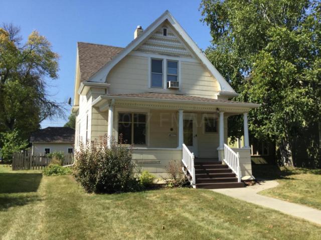 811 4TH Street S, Moorhead, MN 56560 (MLS #17-5595) :: JK Property Partners Real Estate Team of Keller Williams Inspire Realty