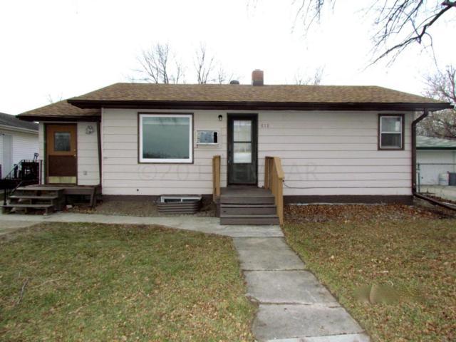 818 25 Street N, Fargo, ND 58102 (MLS #17-6542) :: JK Property Partners Real Estate Team of Keller Williams Inspire Realty