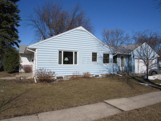 301 19 Avenue N, Fargo, ND 58102 (MLS #18-1824) :: FM Team