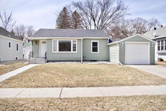 1407 7 Street S, Fargo, ND 58103 (MLS #18-1879) :: FM Team