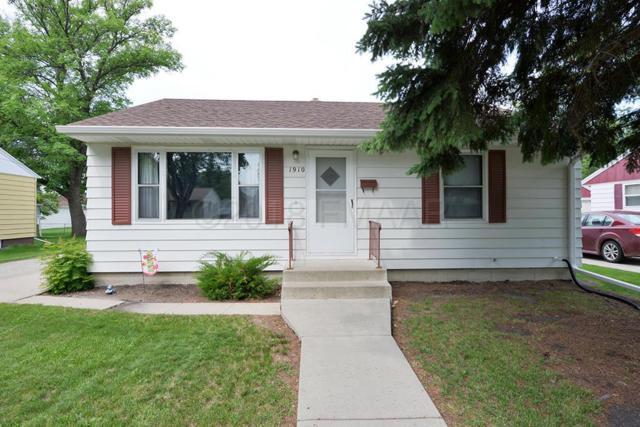 1910 7 Street N, Fargo, ND 58102 (MLS #18-3600) :: FM Team