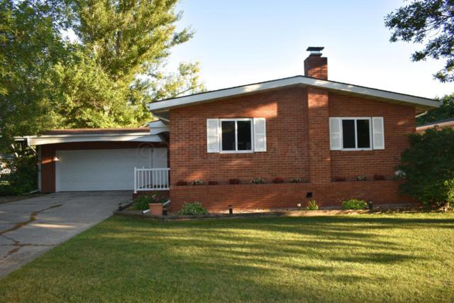 611 7 Avenue W, West Fargo, ND 58078 (MLS #18-3956) :: FM Team