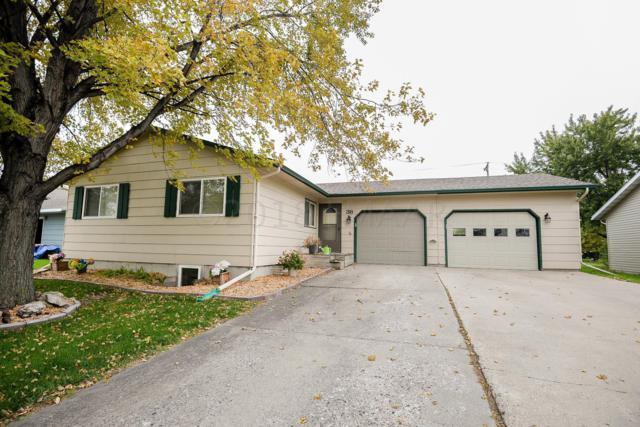 38 Evergreen Circle, West Fargo, ND 58078 (MLS #18-5459) :: FM Team