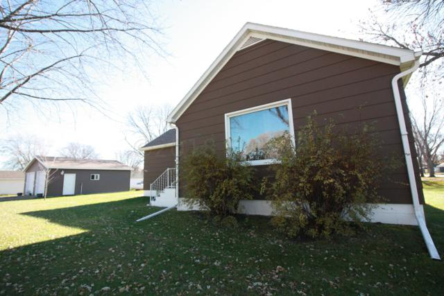 627 6TH Street, Wyndmere, ND 58081 (MLS #18-5866) :: FM Team