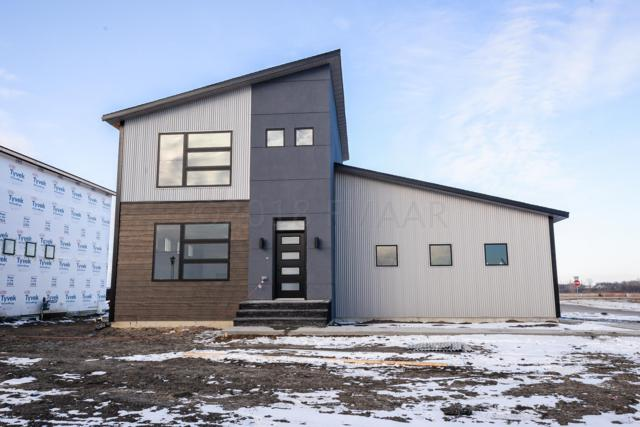 8001 Goldfinch Drive, Horace, ND 58047 (MLS #18-6039) :: FM Team