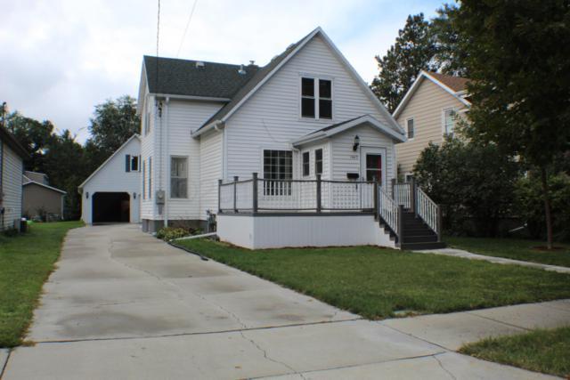 1440 8TH Avenue S, Fargo, ND 58103 (MLS #18-6061) :: FM Team