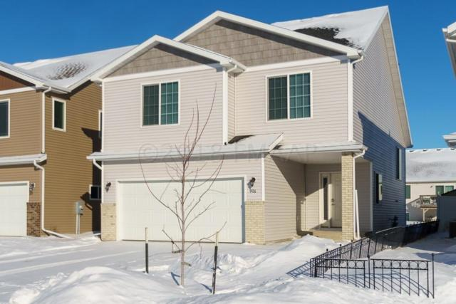 906 31 Avenue W, West Fargo, ND 58078 (MLS #18-713) :: FM Team
