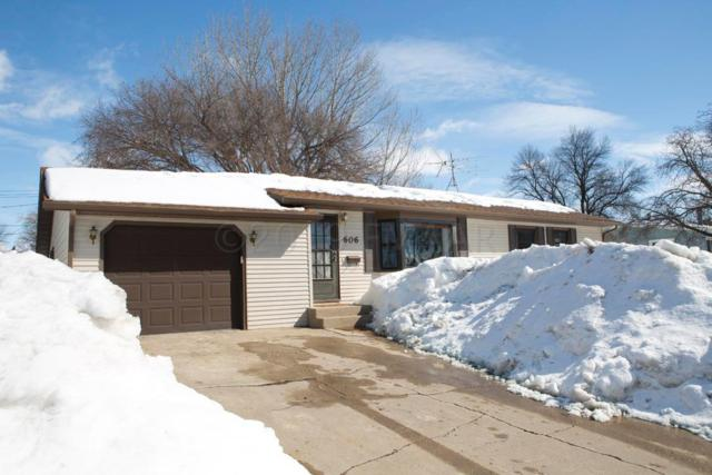 606 Birch Lane, Moorhead, MN 56560 (MLS #19-1115) :: FM Team