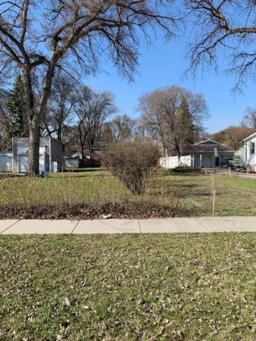 1529 10 Avenue S, Fargo, ND 58103 (MLS #19-2152) :: FM Team