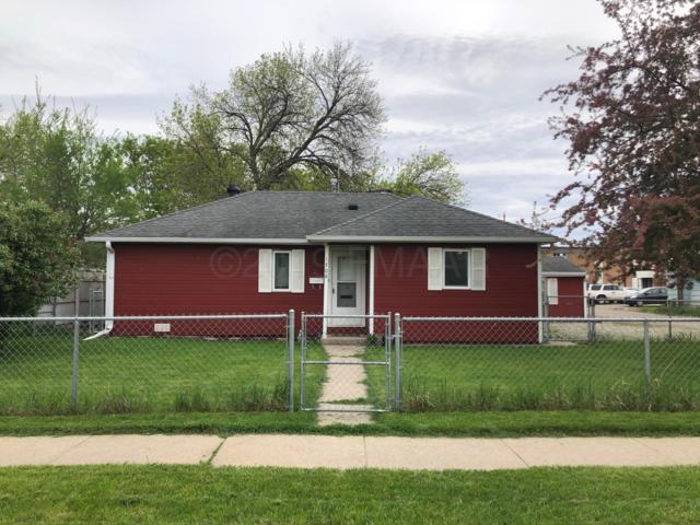 1706 11 Avenue N, Fargo, ND 58102 (MLS #19-2930) :: FM Team