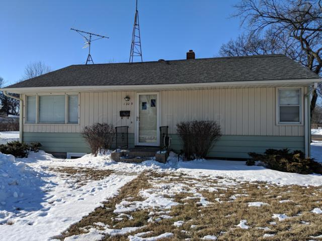 1229 11TH Street N, Moorhead, MN 56560 (MLS #19-360) :: FM Team