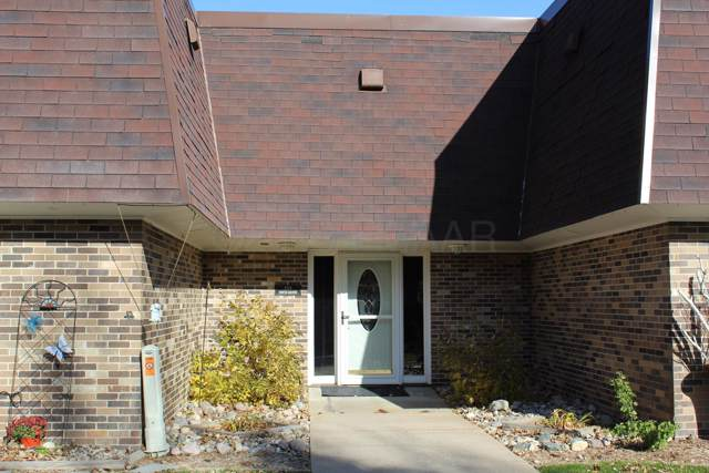 520 6TH Avenue W #2, West Fargo, ND 58078 (MLS #19-6518) :: FM Team