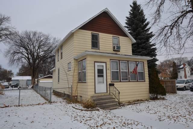 1009 11 Avenue N, Fargo, ND 58102 (MLS #19-6705) :: FM Team