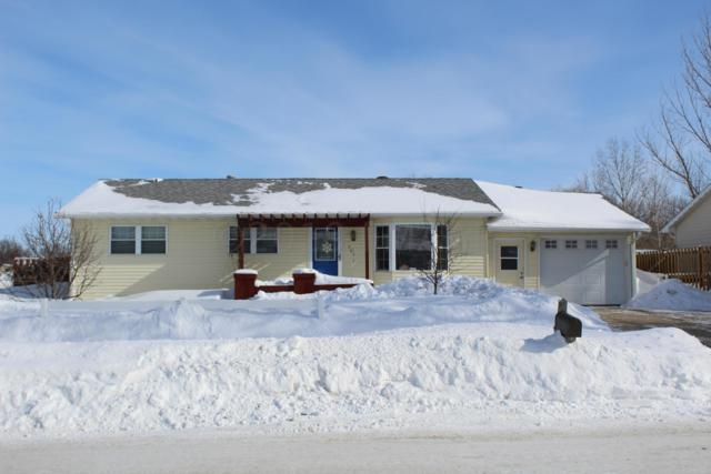 701 6 Street E, West Fargo, ND 58078 (MLS #19-849) :: FM Team