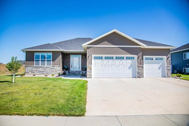 910 50TH Avenue W, West Fargo, ND 58078 (MLS #20-4269) :: FM Team
