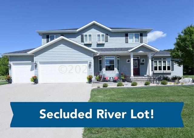 4541 Riverwood Drive N, Fargo, ND 58102 (MLS #20-4292) :: FM Team