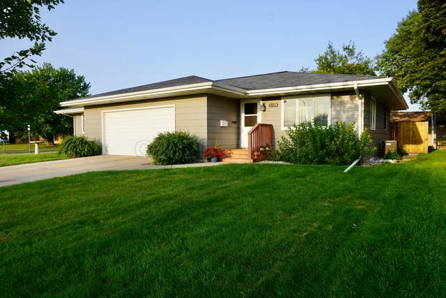 1213 2ND Avenue NE, Valley City, ND 58072 (MLS #20-5572) :: FM Team