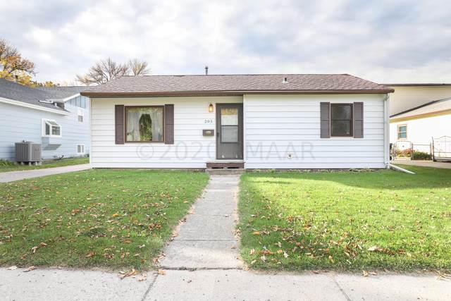 205 6 Avenue W, West Fargo, ND 58078 (MLS #20-5815) :: FM Team